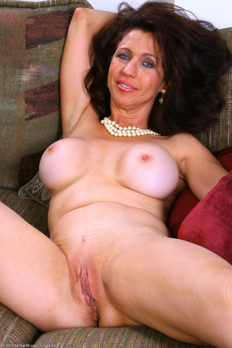 georgette mature nude model