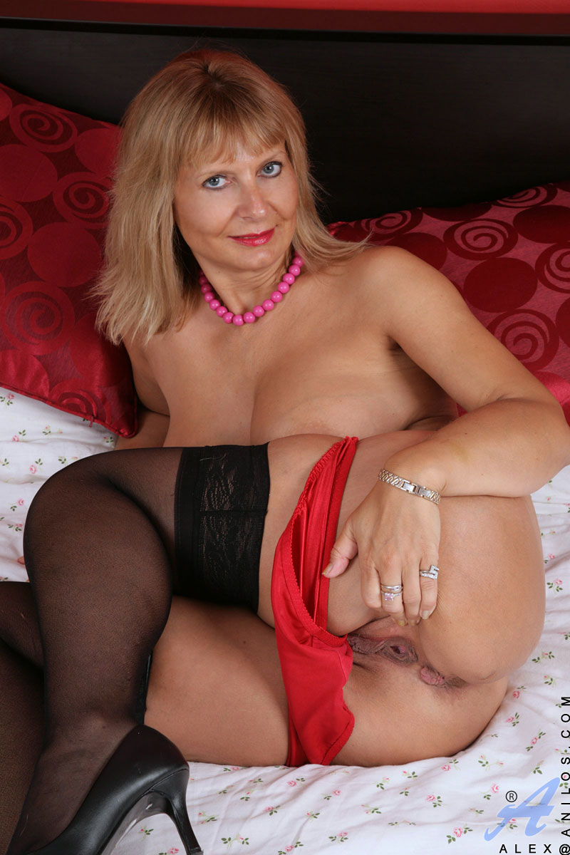 escorte mature cougar xxx