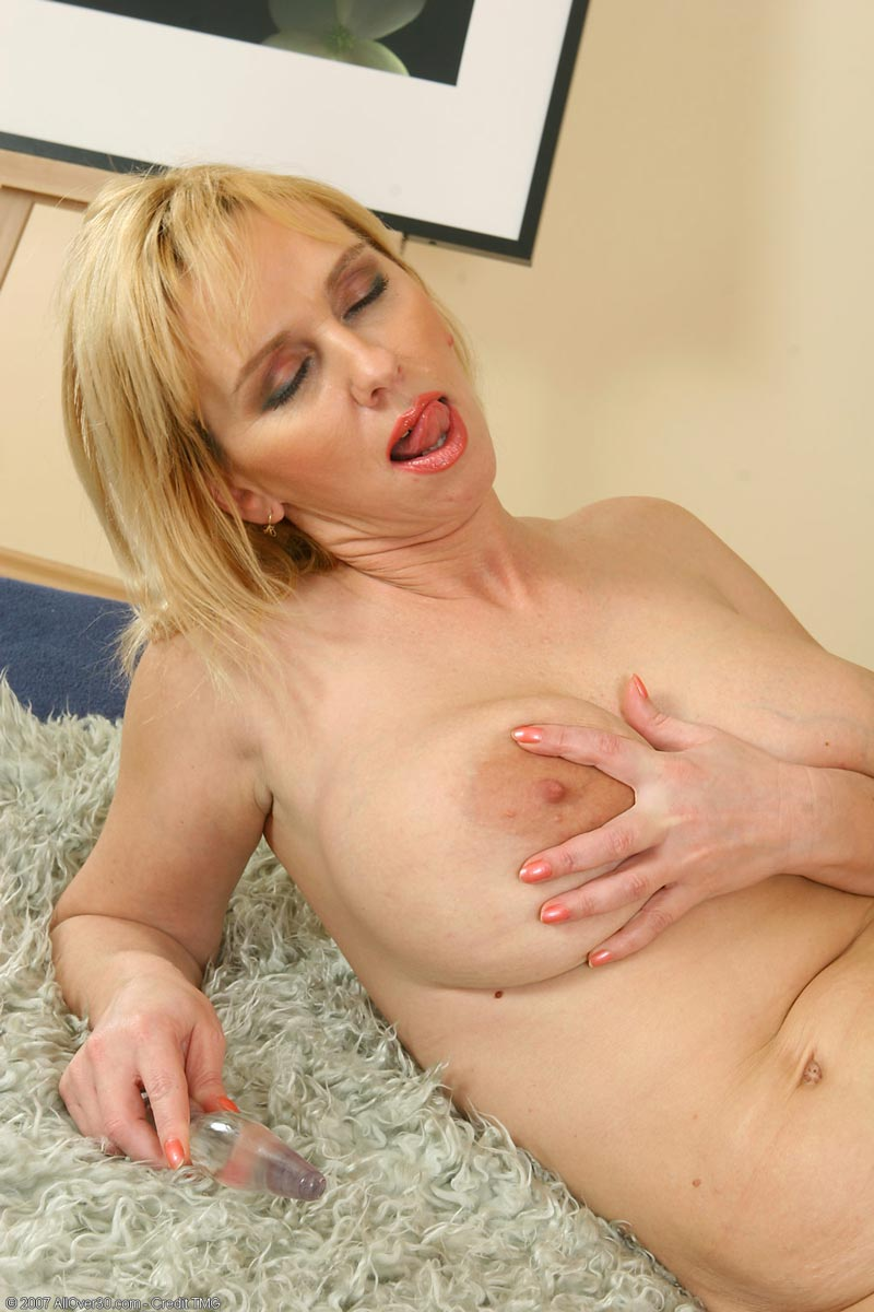 Criticism mature blonde cougar something is
