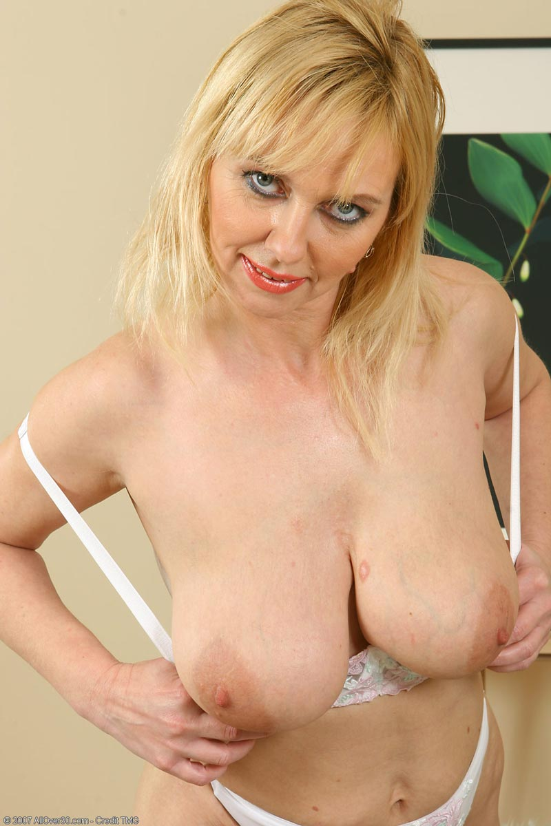 Busty hot milf does her first adult video she sucks cock and anal 8