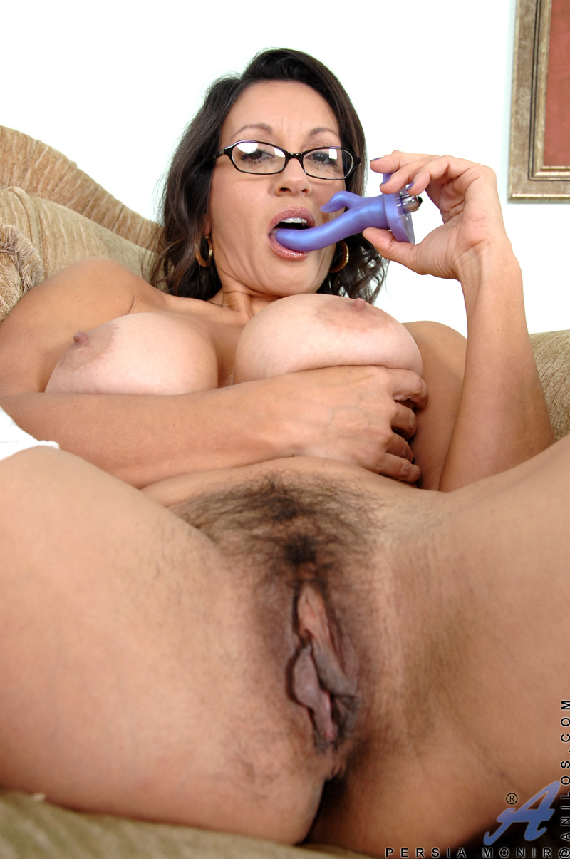 Can fat hairy pussy milf think